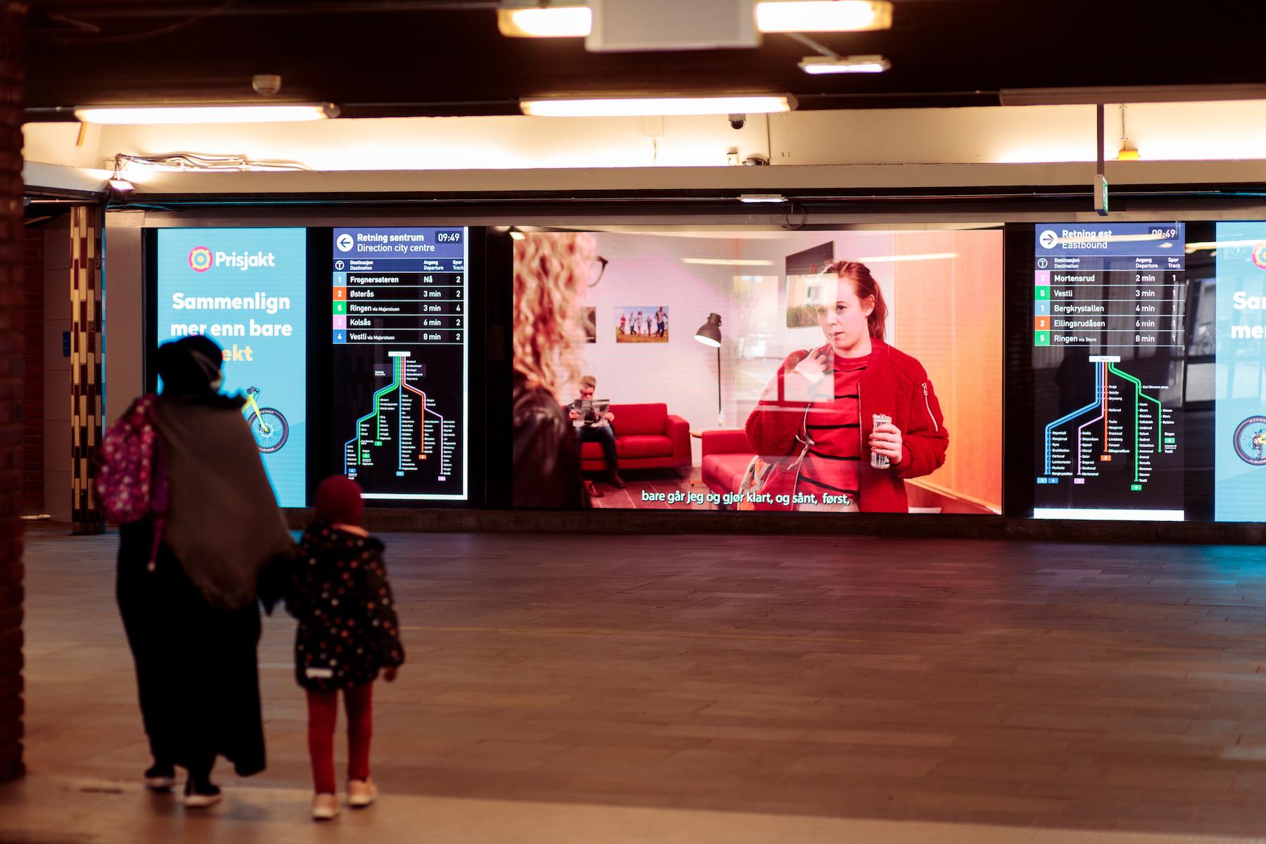 Oslo 2, Speech, installed at Tøyen T-bane stop 2021