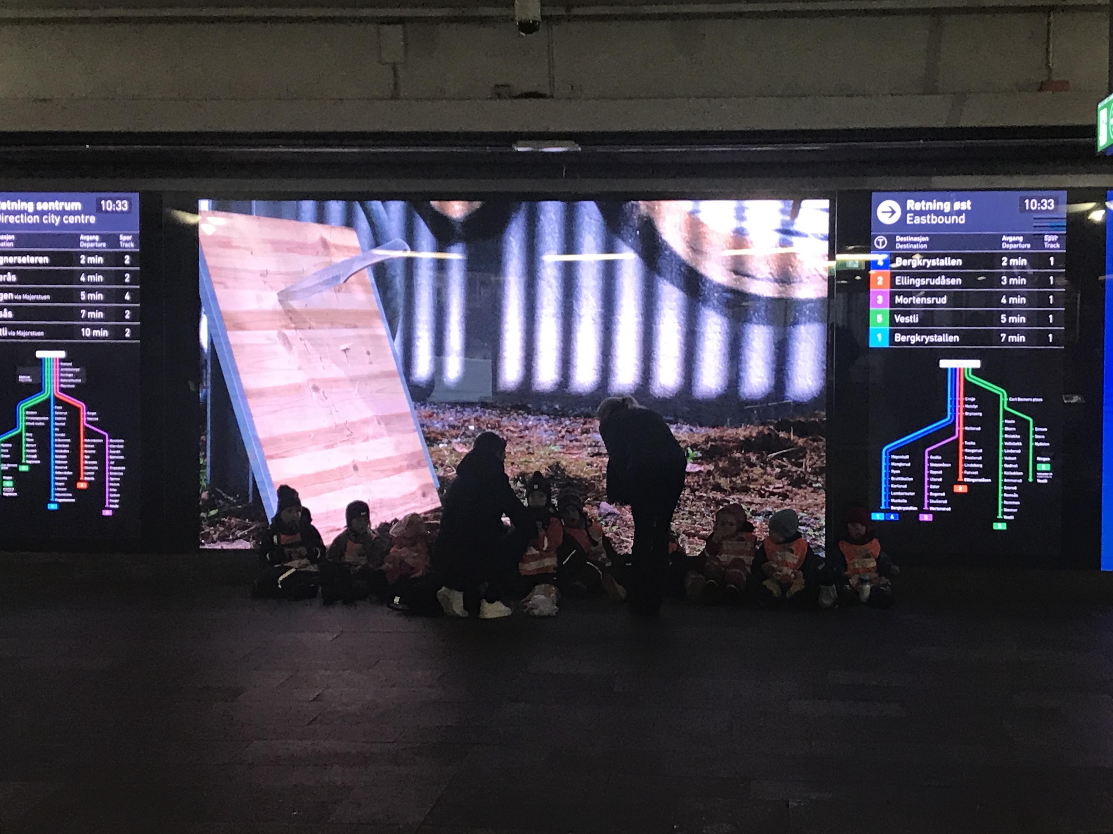 Oslo 1, work, installed at Tøyen T-bane stop 2020